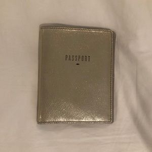 Fossil RFID Passport Wallet